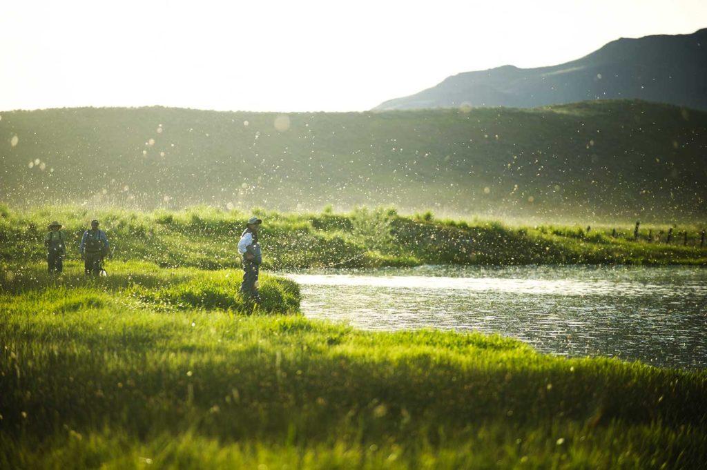 Devenir guide de pêche : Être un bon communiquant sur et en dehors de l'eau