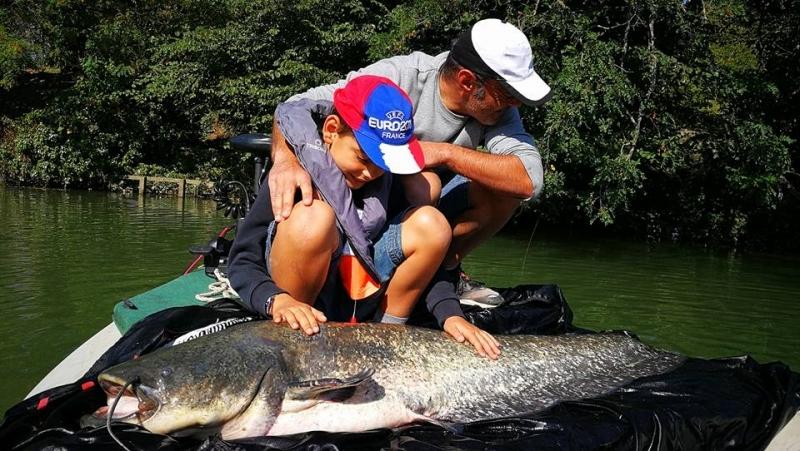 Mathieu Colzato, moniteur guide de pêche au silure