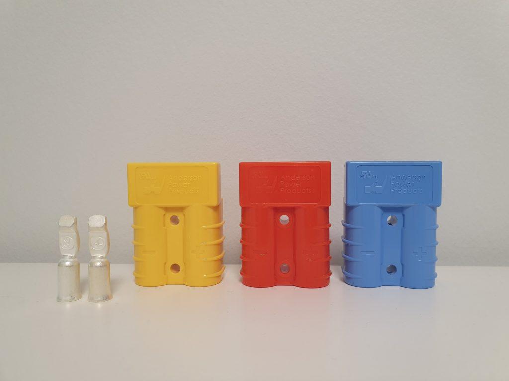 Connecteur jaune (12v), orange (24v), bleu (36v)