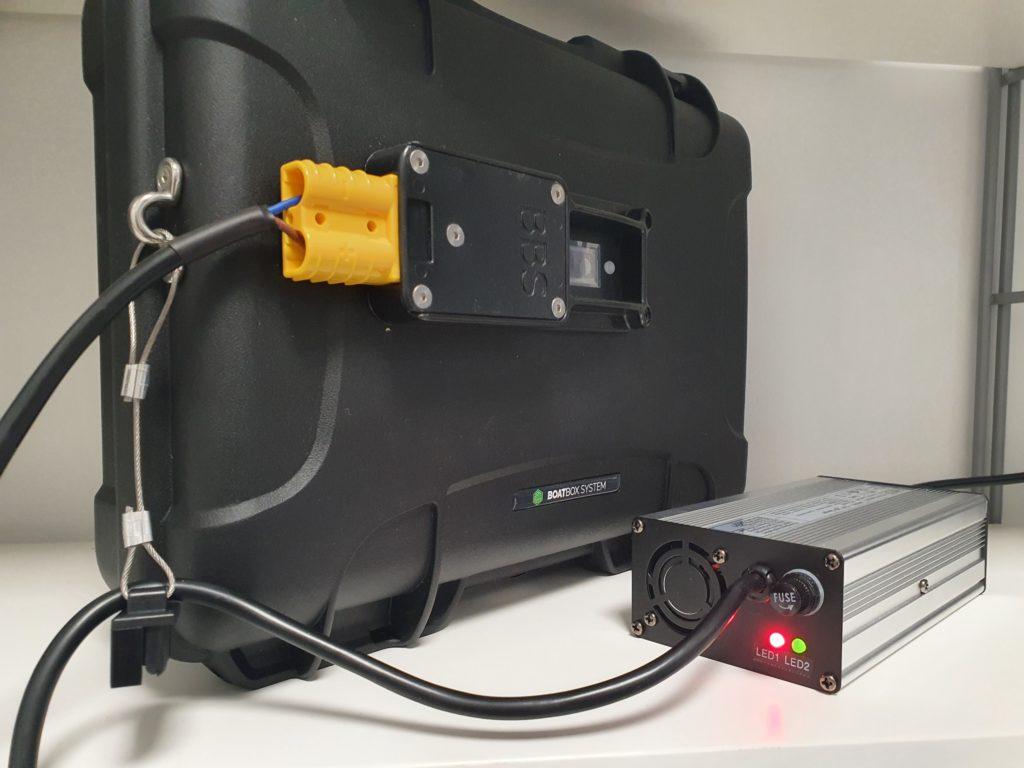 Boat Box System Xtroller V2 en charge